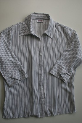 Дамска риза